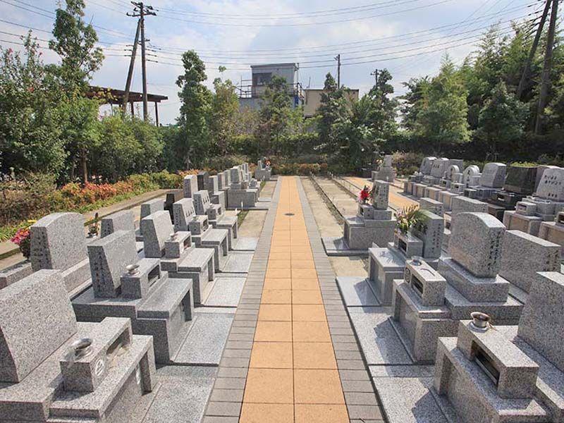 朝霞フォーシーズンメモリアル 区画整理された墓域