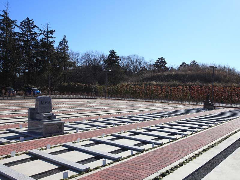 小江戸聖地霊園 区画整理された墓域