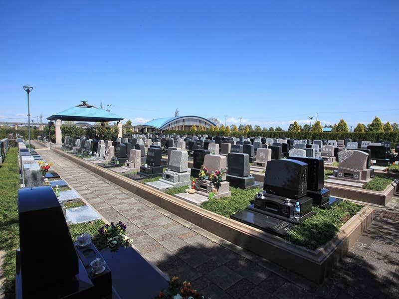 さいたまメモリアルパーク ゆったりとした区画のテラス墓所