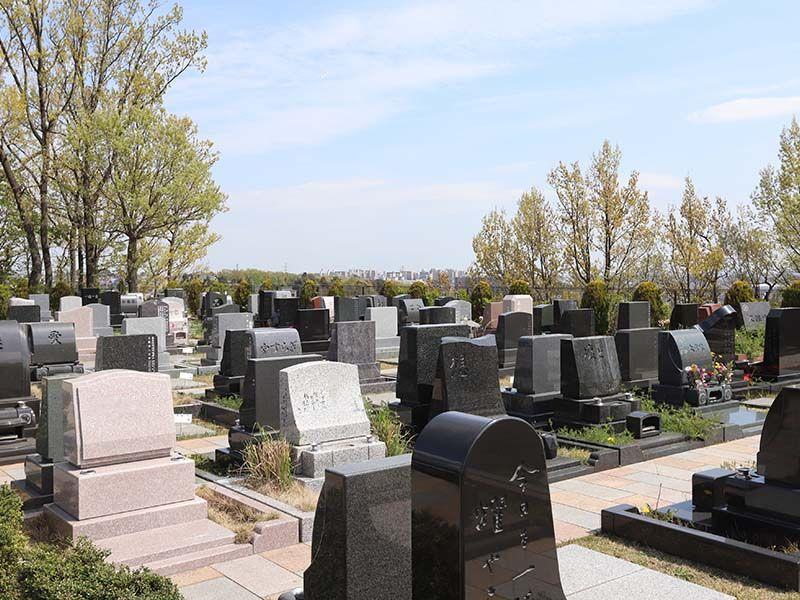 新ゆり天望の丘墓苑 芝生墓所風景