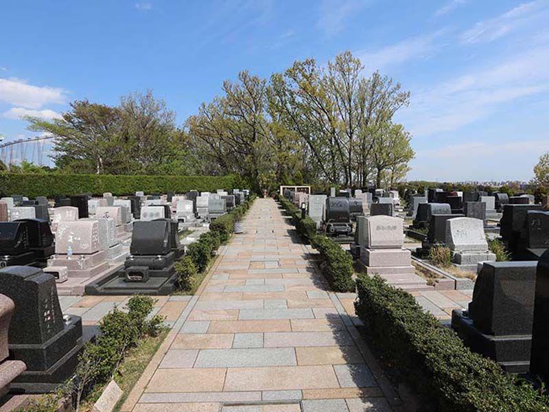 新ゆり天望の丘墓苑 緑あふれる苑内
