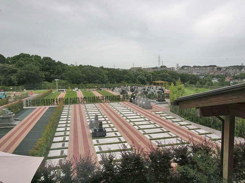 川崎清風霊園 雄大な大型公園墓地