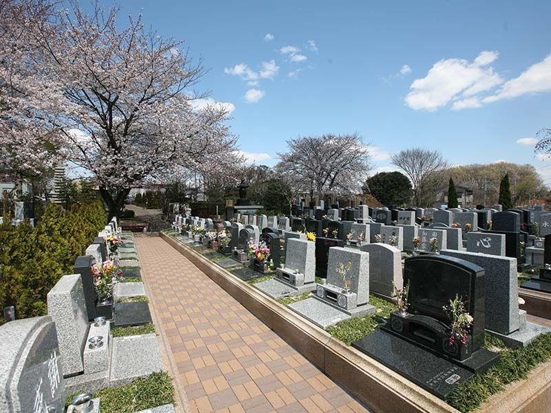 染谷の里 大宮四季彩霊苑 墓域間にゆとりのあるテラス墓所