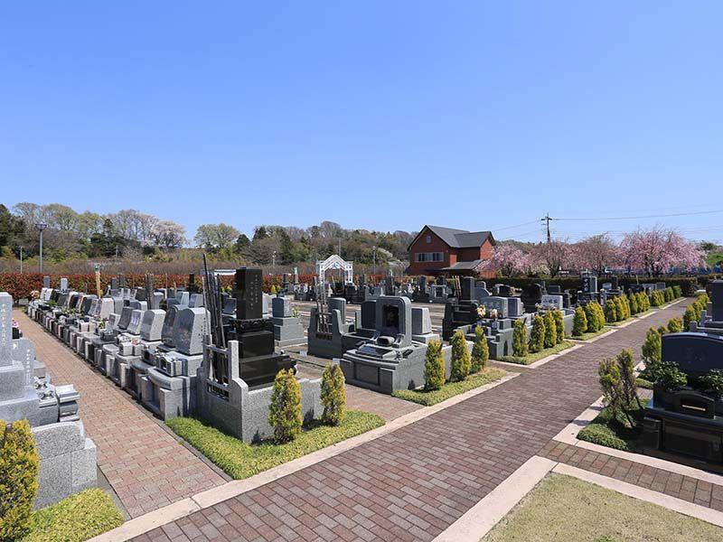相模ふれあいの杜 田名聖地霊園 周囲に遮るものがなく日当たりが良い園内
