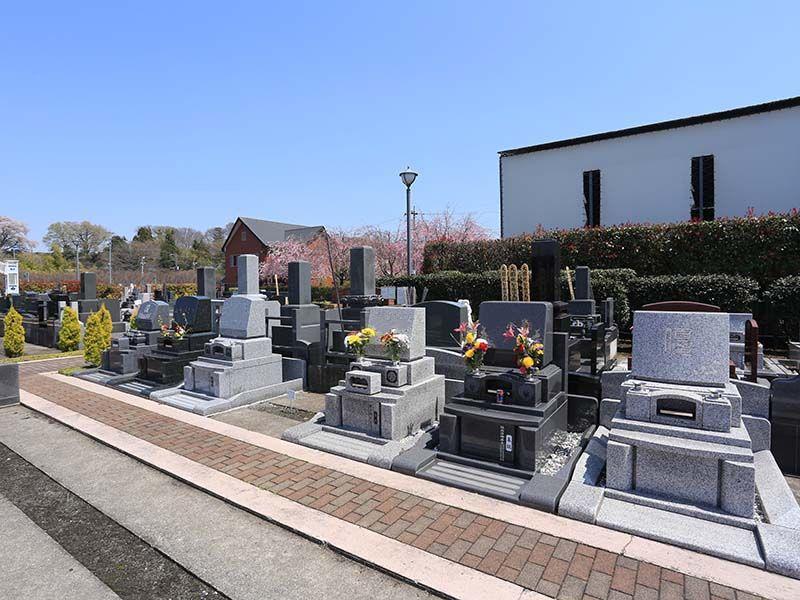 相模ふれあいの杜 田名聖地霊園 解放感溢れる園内