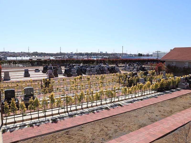 なごみの丘霊園 緑が多い園内風景