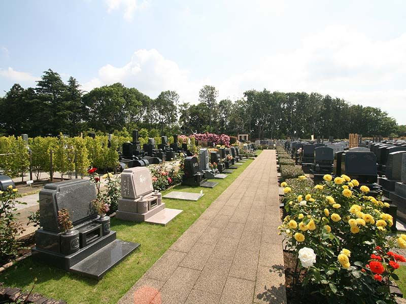 メモリアルパーク大和墓苑 ふれあいの郷 ふれあいエリア内の「芝墓所」