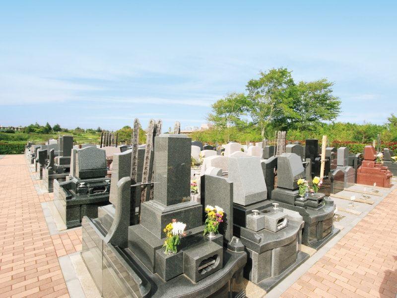 メモリアルサンステージ 豊富な区画種類から選べる墓域