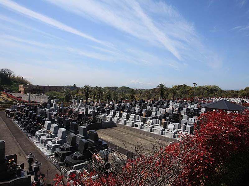 やすらぎの里 南葉山霊園 日当たりの良い明るい墓域