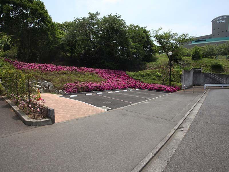 武蔵岡霊園 駐車場