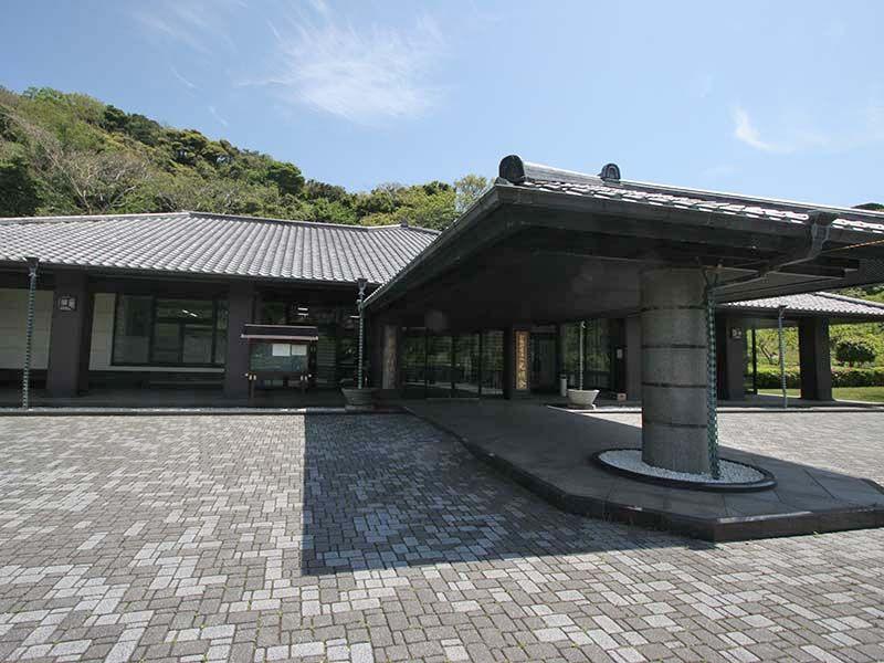 三浦霊園 売店入口