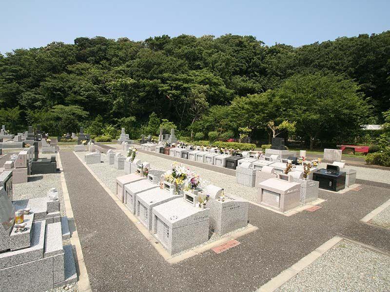 三浦霊園 区画整理されている墓域