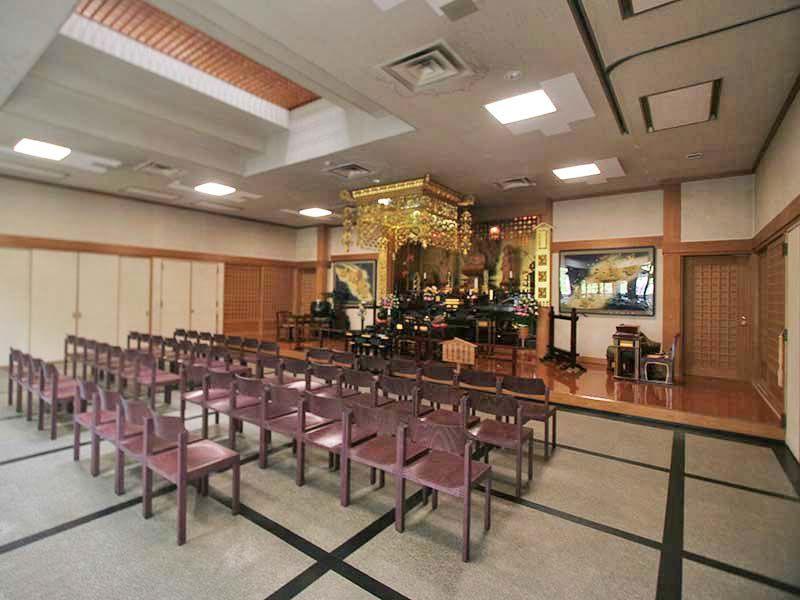 三浦霊園 礼拝堂内観
