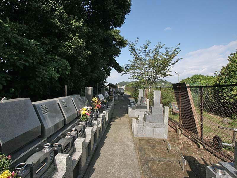 鎌倉富士見墓苑 緑豊かな墓域