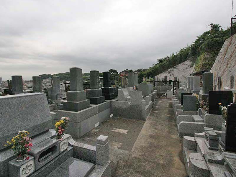 鎌倉富士見墓苑 水はけの良い墓域