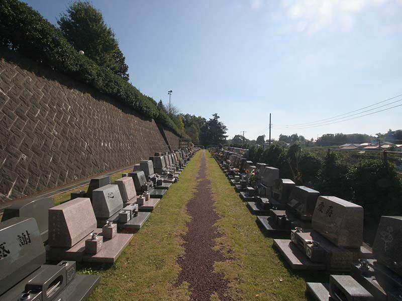 メモリアルヒルズ湘南 陽当たりのよい墓域