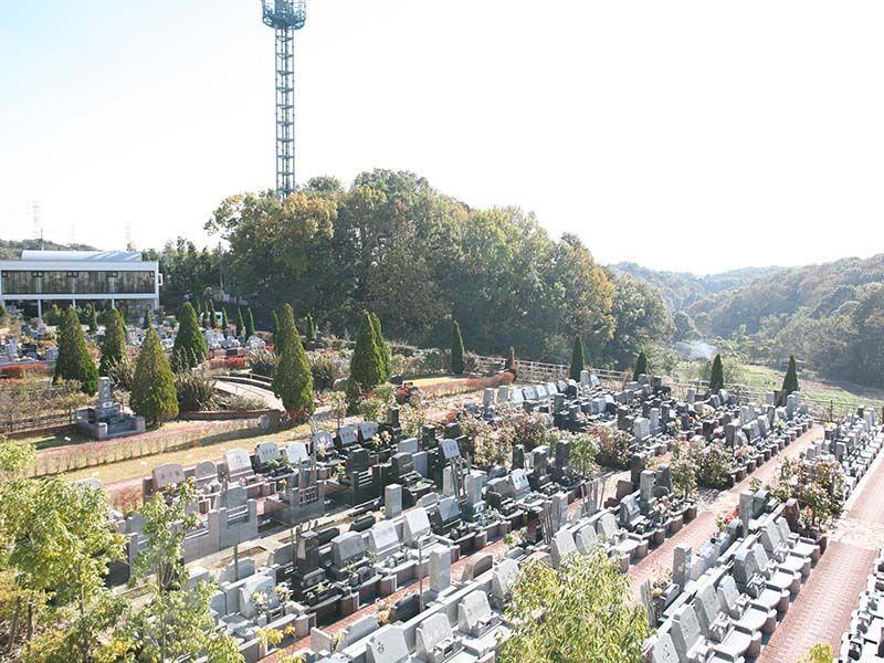 サンメモリアル東京 広々とした園内風景①