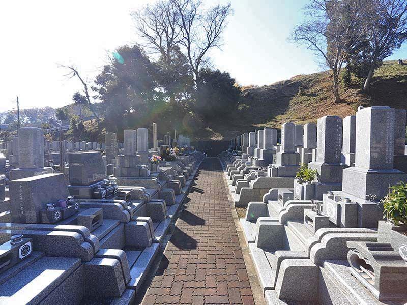 厚木森の里霊園 和・洋どちらの墓石も対応できる墓地