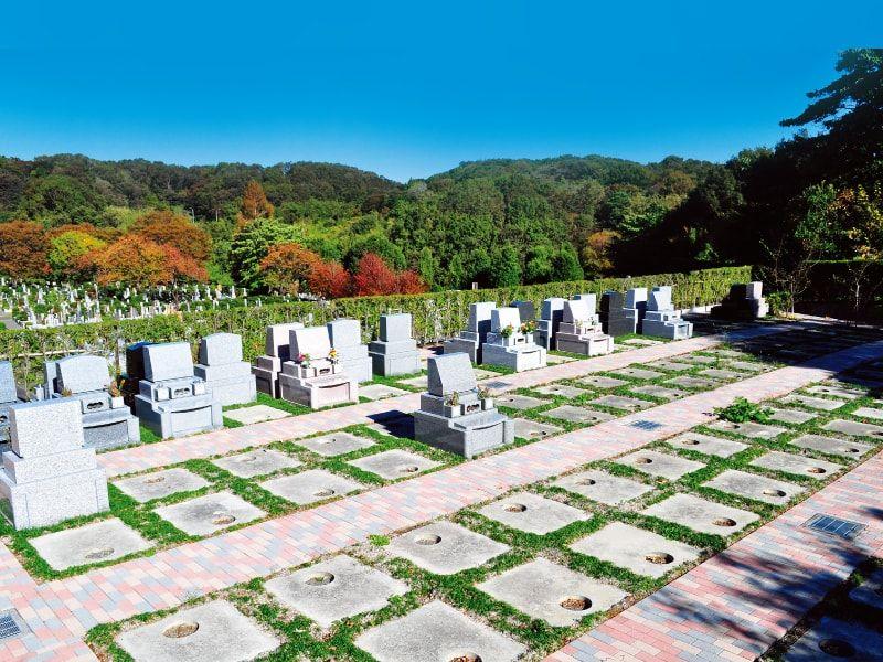 日蓮宗 寳祐山 大法寺・まや霊園 豊かな自然に囲まれた静寂の霊園風景