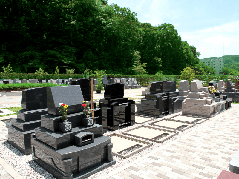 まだ空きのある八王子上川霊園の洋型墓石区画