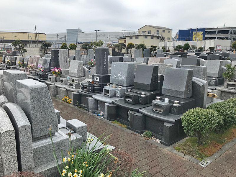 新三郷シティメモリアル きちんと管理されている墓域