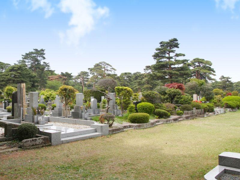 都立 小平霊園 手入れの行き届いた綺麗な墓域