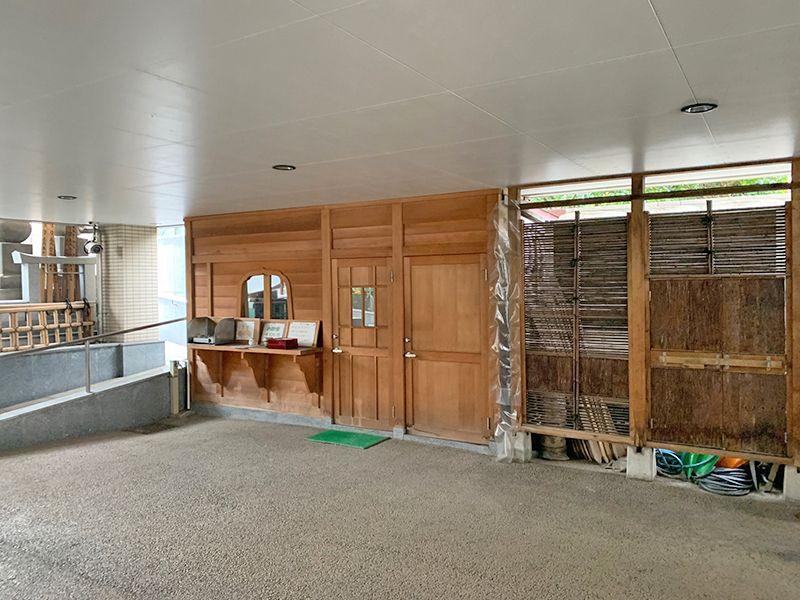 御田いずみ霊園 管理施設入口