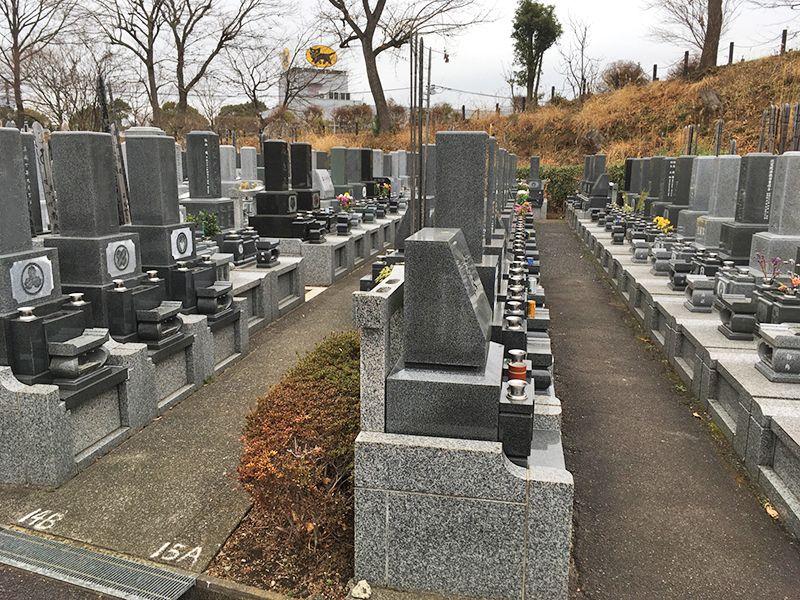 多摩さくら浄苑 様々なタイプの墓石