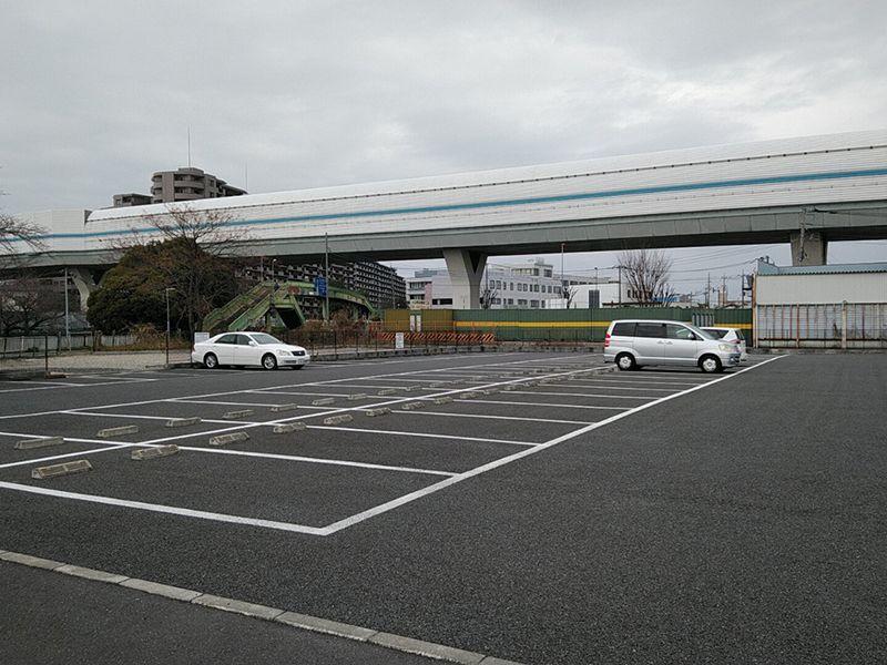 西浦和霊園 櫻聖陵 広々とした駐車場