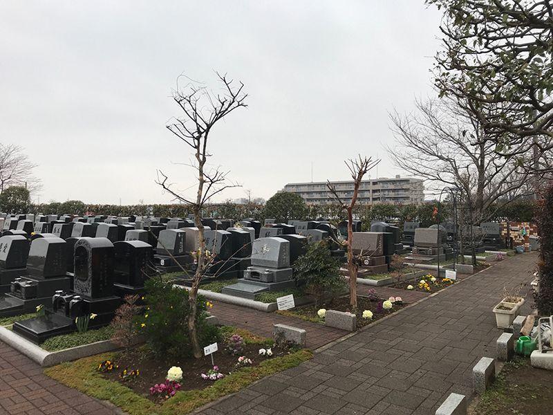 新座メモリアル 隣との間にゆとりのある墓域