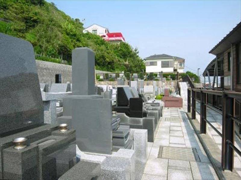 七里ガ浜顕証寺墓苑 和型・洋型墓石