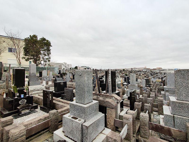 秋峰霊園 開放感のある墓域