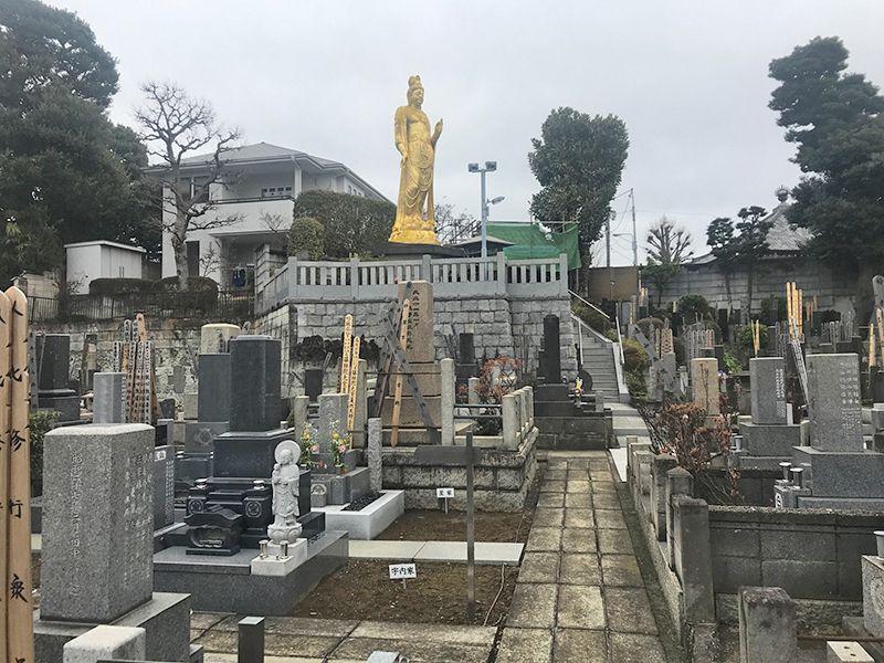 全生庵 観音霊苑 (納骨堂) 墓域を見守る観音様