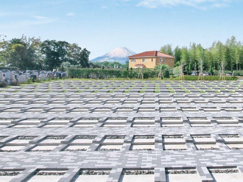 メモリアルパーク藤沢 富士山も眺望できる園内