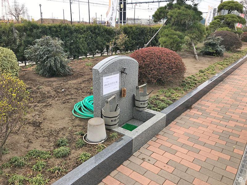 吉川美南霊園 ペット共葬墓 水場に用意された掃除道具