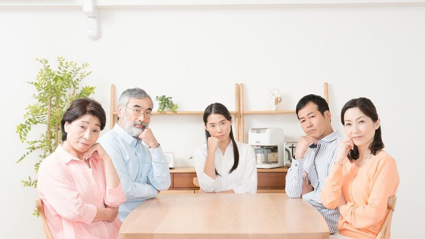 家族会議の様子