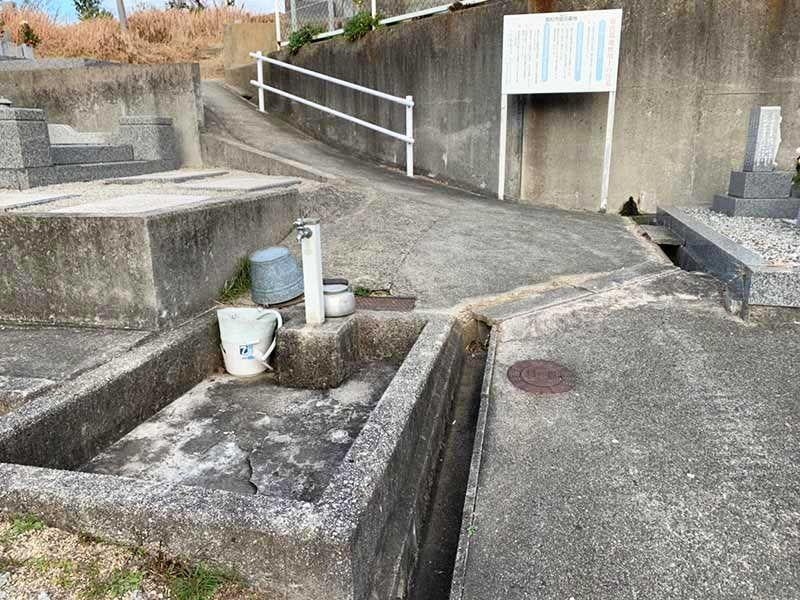 高松市営鐙田墓地