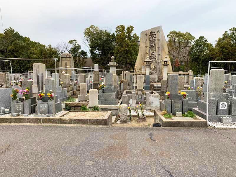 高松市営沖松島墓地