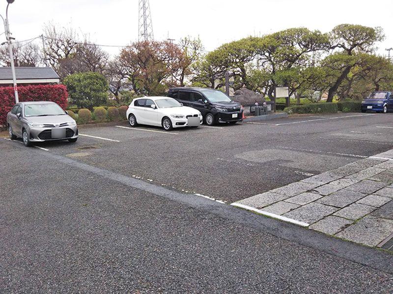 まどかの杜永代供養墓 専用駐車場完備