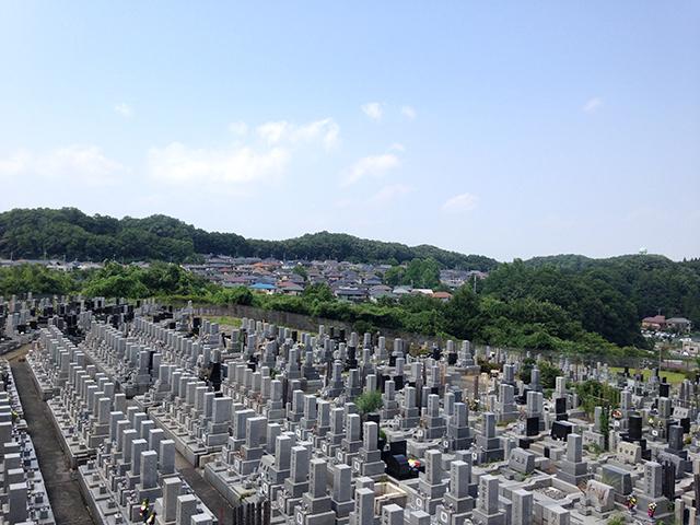 八王子聖地霊園 日当たりの良い明るい霊園風景