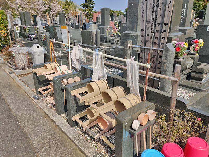 横浜聖地霊園 自由に使える桶や柄杓