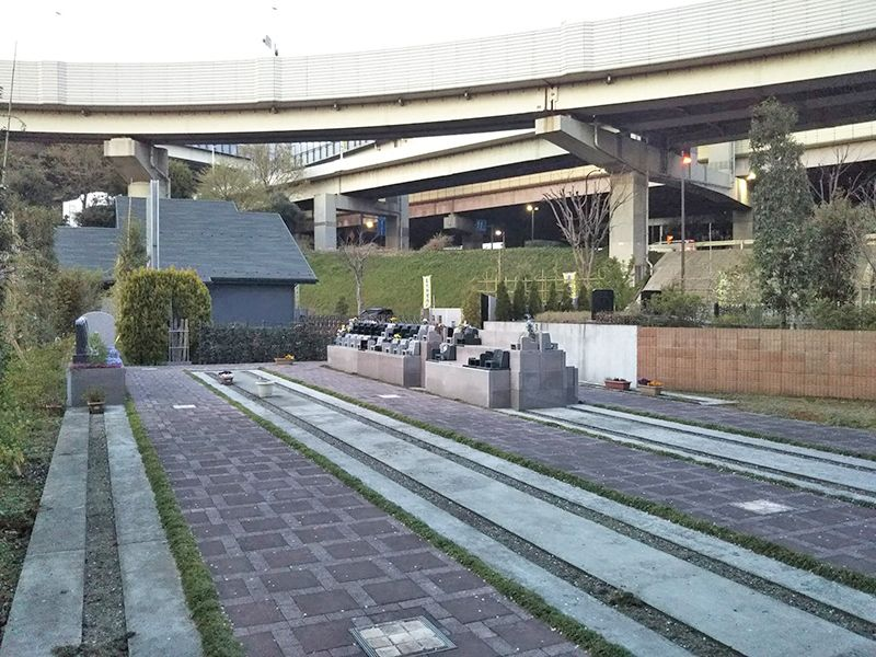 川口 永久の絆 園内墓所風景
