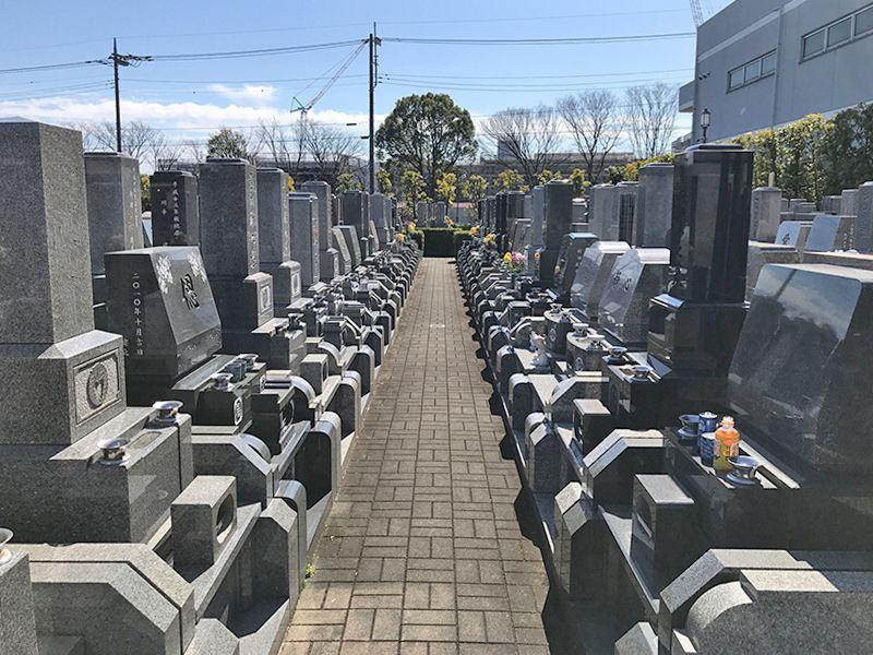 メモリアル草加南霊園 区画整備された墓域