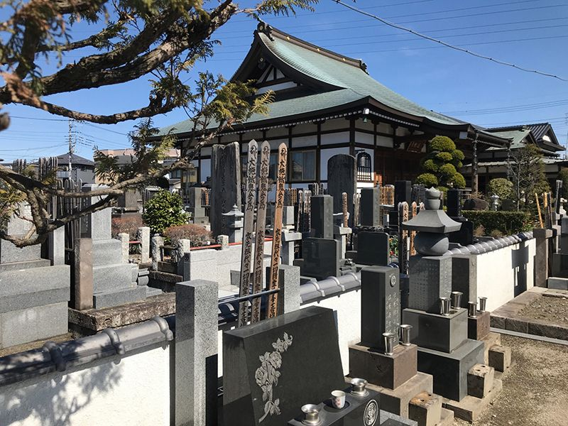 メモリアルガーデン新里 四季を感じられる木々