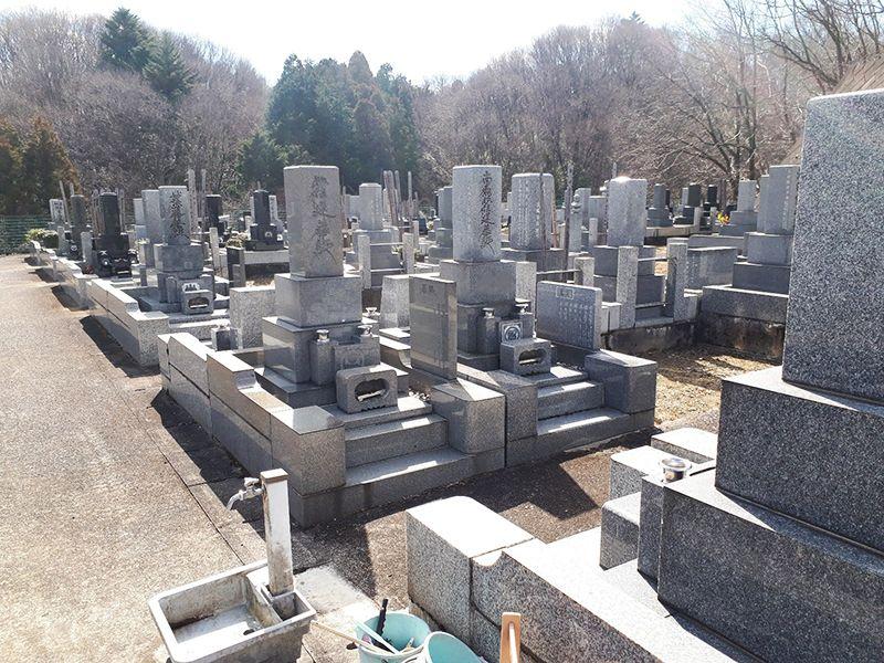 八王子道玄霊園 御影石が美しい墓石