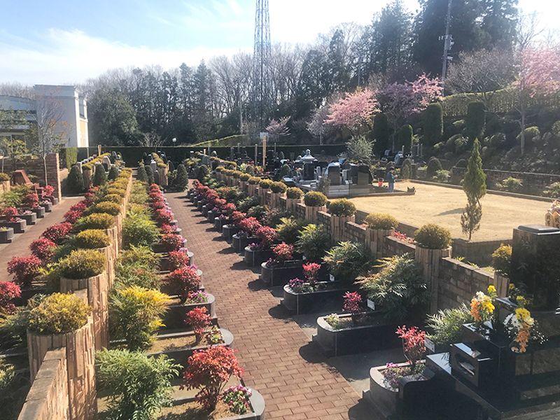 恩田の杜霊園 緑に囲まれた墓域
