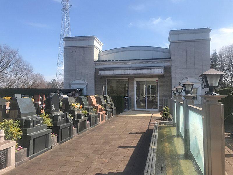 恩田の杜霊園 墓域に隣接した施設