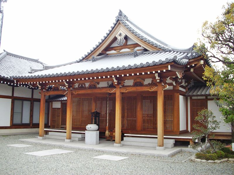 富光寺墓地 地蔵菩薩像を祀った地蔵堂