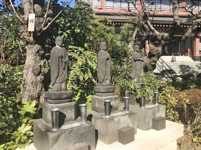 冝雲寺 のうこつぼ