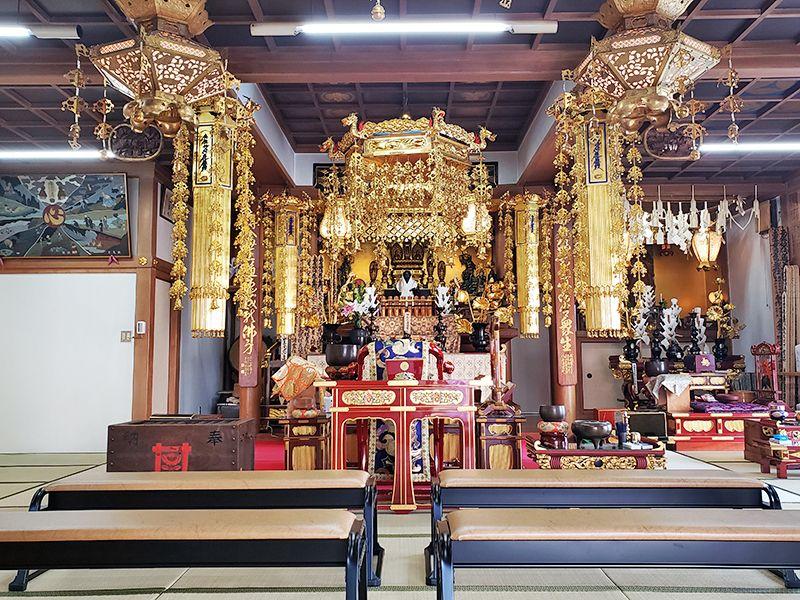 真清浄寺の本堂